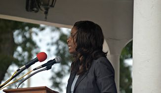 Rep. Stacey Plaskett gives a Veterans Day speech in 2015. (Image: Flickr)