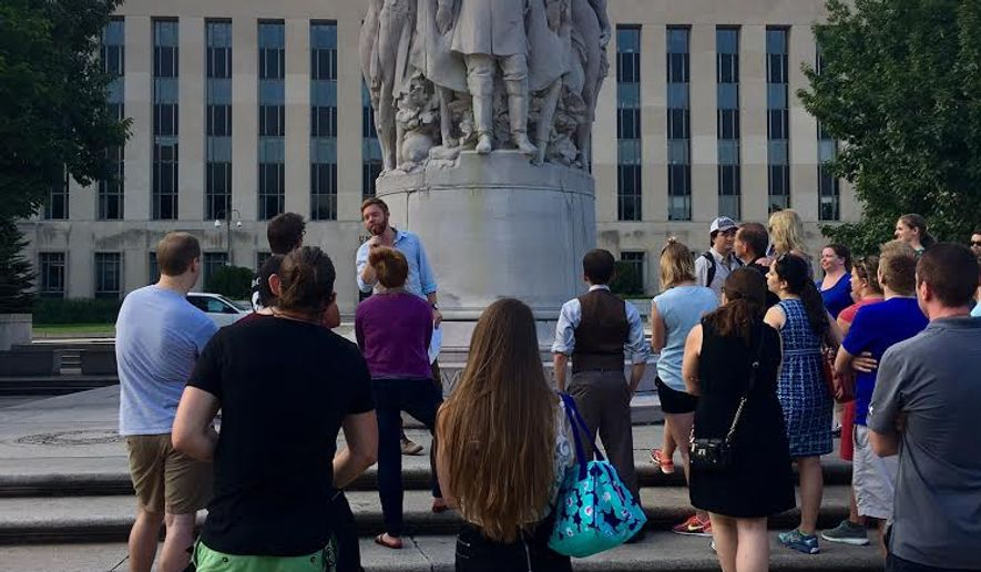 A guide from the Civil War Trust talks to a tour group participating in the Trust's June 30, 2016 Grand Review of the Armies: Tour & Pub Crawl, commemorating the victory parade route taken by Union Army soldiers in May 1865. On August 24, 2016, the Trust will lead a pub crawl tracing the route British soldiers took as they sacked the capital city during the war of 1812. Photo courtesy of Meg Martin of the Civil War Trust.