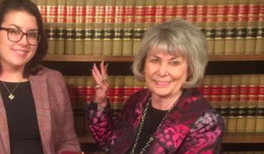 This February file photo shows interim Midland City Mayor Patsy Skipper (right) getting sworn-in. (Twitter.com via Raw Story)