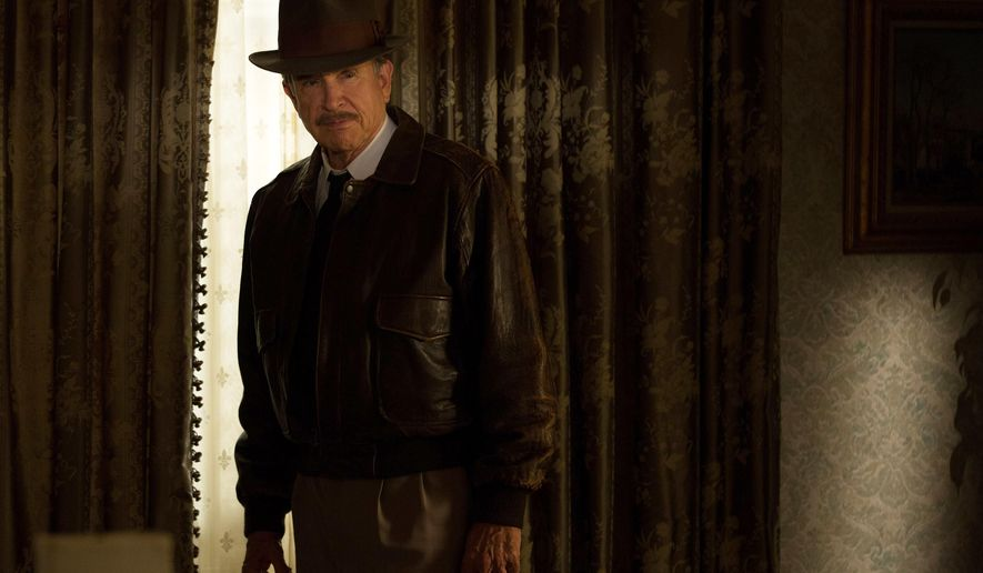 "This image released by Twentieth Century Fox shows Warren Beatty as Howard Hughes in a scene from, ""Rules Don't Apply,"" in theaters on Nov. 23. (Francois Duhamel/Twentieth Century Fox via AP)"