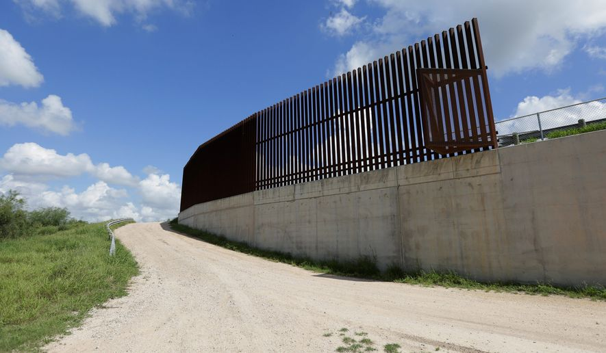 After a whirlwind trip to Mexico City Wednesday to meet Mexican President Enrique Pena Nieto, Repbulican presidential candidate Donald Trump said his plans to build a border wall remain. However, Mr. Pena Nieto has vowed not to pay for its construction. (Associated press)