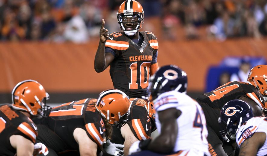 Cleveland Browns quarterback Robert Griffin III (10) calls a play during the first half of an NFL preseason football game against the Chicago Bears, Thursday, Sept. 1, 2016, in Cleveland. (AP Photo/David Richard)