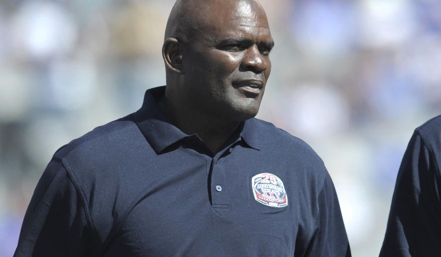 In this Sept. 20, 2015, photo, former New York Giants' Lawrence Taylor looks on during a 25 year anniversary celebration at halftime of an NFL football game against the Atlanta Falcons in East Rutherford, N.J. The Florida Highway Patrol said ex-NFL player Lawrence Taylor was arrested Friday, Sept. 2, 2016, in Palm Beach County on a DUI charge, the Palm Beach Post reports. (AP Photo/Bill Kostroun)