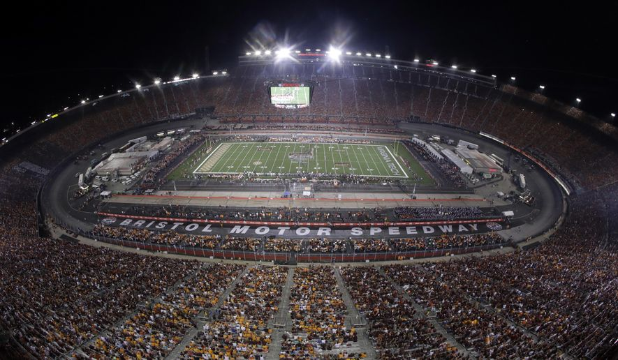 Tennessee plays Virginia Tech during the first half of an NCAA college football game at Bristol Motor Speedway on Saturday, Sept. 10, 2016, in Bristol, Tenn. (AP Photo/Mark Humphrey)