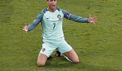 Soccer star Cristiano Ronaldo earned $88 million (AP Photo/Francois Mori)