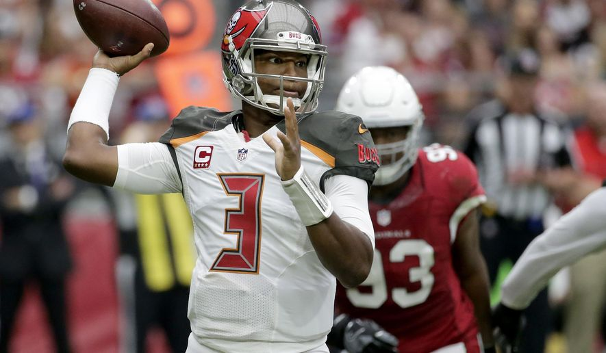 Tampa Bay Buccaneers quarterback Jameis Winston (3) throws against the Arizona Cardinals during the first half of an NFL football game, Sunday, Sept. 18, 2016, in Glendale, Ariz. (AP Photo/Rick Scuteri)