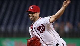 Washington Nationals starter Gio Gonzalez pitches during the first inning of a baseball game against the Arizona Diamondbacks in Washington, Wednesday, Sept. 28, 2016. (AP Photo/Manuel Balce Ceneta)
