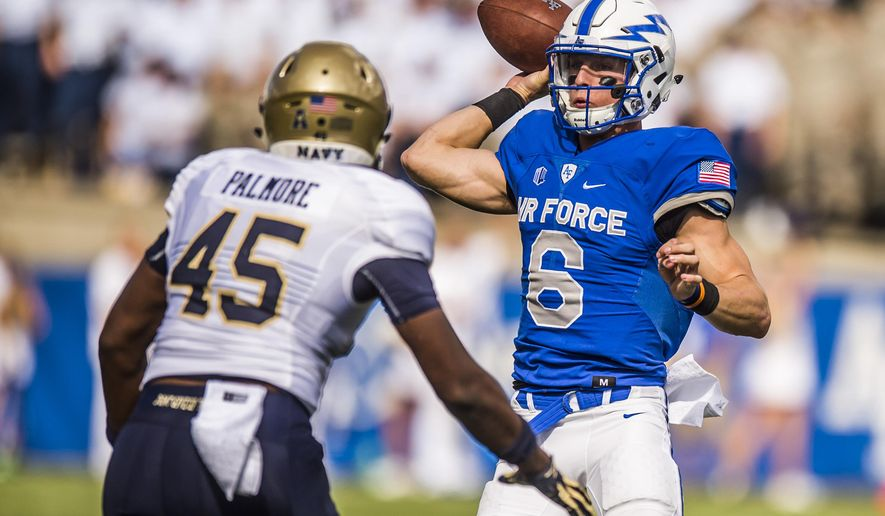 Air Force quarterback Nate Romine (6) passes during an NCAA college football game against Navy, Saturday, Oct. 1, 2016, in Air Force Academy, Colo. (Stacie Scott/The Gazette via AP)