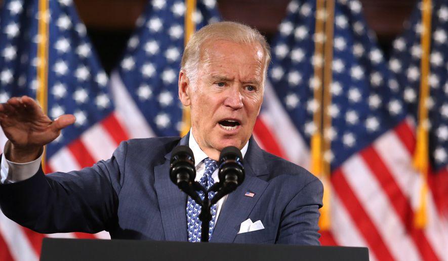 Vice President Joe Biden rallies supporters for Hillary Clinton,  in Orlando, Fla., Monday, Oct. 3, 2016. (Joe Burbank/Orlando Sentinel via AP)