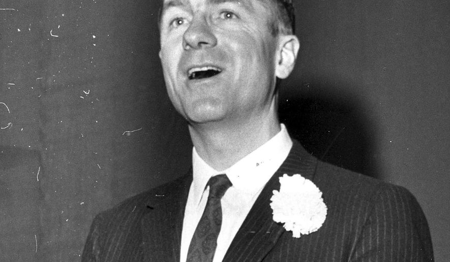 This Feb. 18, 1962 photo shows author, filmmaker and adventurer Lowell Thomas Jr. speaking at the Republican's Lincoln Day dinner in Fairbanks, Alaska. Thomas Jr., a former Alaska lieutenant governor who served from 1974 to 1978, and son of the legendary broadcaster, has died. His daughter, Anne Donaghy, says Thomas Jr. died Saturday, Oct. 1, 2016, at his home in Anchorage, Alaska. (Fairbanks Daily News-Miner via AP)