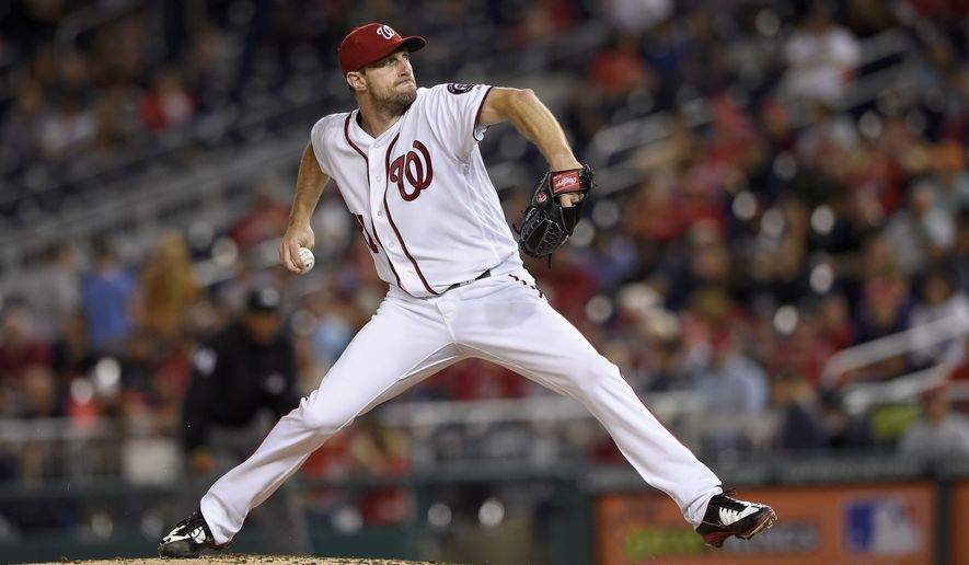 Washington Nationals starting pitcher Max Scherzer delivers a pitch during a baseball game against the Arizona Diamondbacks, Tuesday, Sept. 27, 2016, in Washington. (AP Photo/Nick Wass)