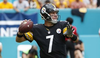 Pittsburgh Steelers quarterback Ben Roethlisberger (7) looks to pass during the second half of an NFL football game against the Miami Dolphins, Sunday, Oct. 16, 2016, in Miami Gardens, Fla. (AP Photo/Wilfredo Lee)