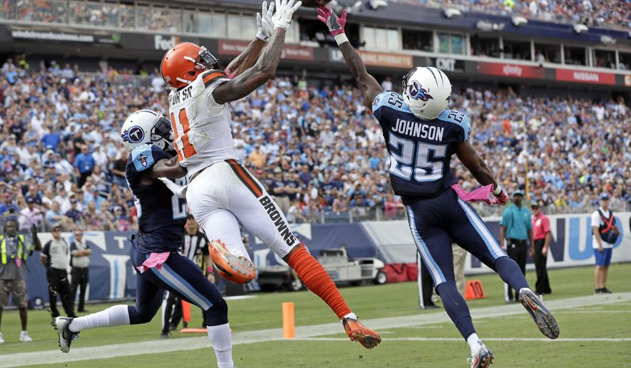 Titans on rare winning streak, look to end skid vs  Colts