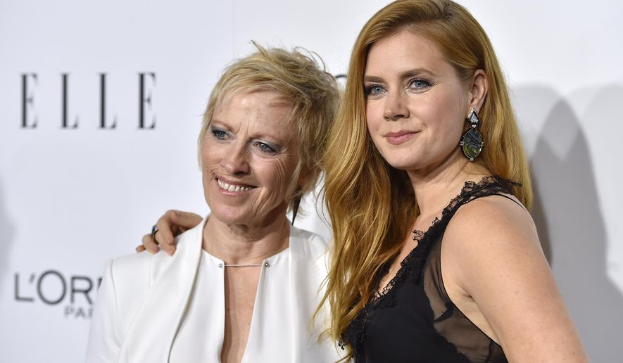 Amy Adams, right, and her mother Kathryn Adams arrive at the 23rd annual ELLE Women in Hollywood Awards at the Four Season Hotel on Monday, Oct. 24, 2016, in Los Angeles. (Photo by Jordan Strauss/Invision/AP)