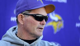 Minnesota Vikings NFL football head coach Mike Zimmer speaks at a press conference in Eden Prarie, Minn., Wednesday, Nov. 2, 2016. Zimmer spoke about his surgery to repair a torn retina in one of his eyes, and the resignation of offensive cordinator Norv Turner.  (David Joles/Star Tribune via AP)