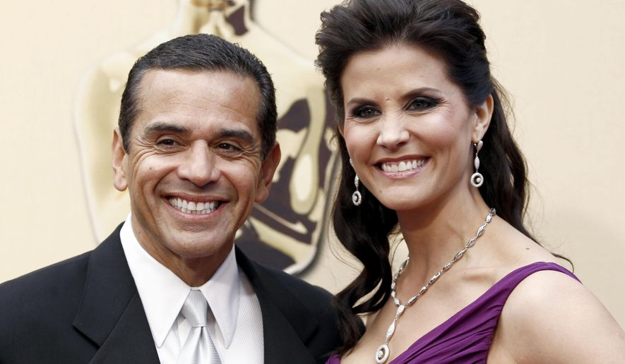 File - In this March 7, 2010 file photo, then Los Angeles Mayor Antonio Villaraigosa and Lu Parker arrive during the 82nd Academy Awards in the Hollywood section of Los Angeles. Los Angeles television news anchor Lu Parker has been arrested on suspicion of stealing a passenger's earphones at Los Angeles International Airport. Airport police say the 48-year-old KTLA anchor was arrested Wednesday, Nov. 2, 2016, by the alleged victim, an off-duty Los Angeles police detective. She was booked at a police station on suspicion of petty theft and released. (AP Photo/Matt Sayles, File)