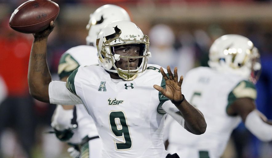 South Florida quarterback Quinton Flowers (9) throws during the first half of an NCAA college football game against the SMU, Saturday, Nov. 19, 2016, in Dallas. (AP Photo/Brandon Wade)