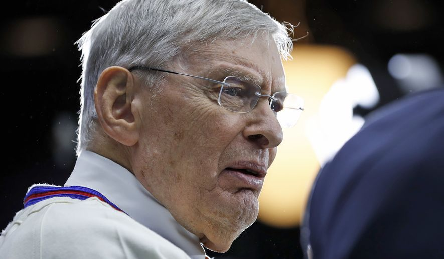 Former commissioner Bud Selig speaks on the set for the MLB Network, at Major League Baseball's winter meetings, Monday, Dec. 5, 2016 in Oxon Hill, Md. Selig and Atlanta Braves president John Schuerholz were voted into the 2017 class of baseball's Hall of Fame. (AP Photo/Alex Brandon)