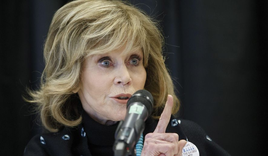 Actress Jane Fonda speaks at a press conference for indigenous rights, in Edmonton Alta, on Wednesday, Jan. 11, 2017. (Jason Franson/The Canadian Press via AP)
