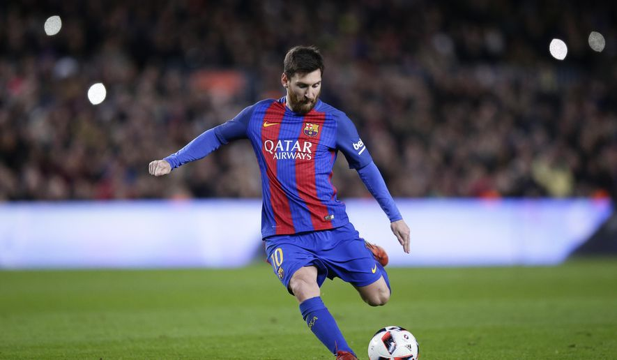 FC Barcelona's Lionel Messi kicks the ball to scores during a Copa del Rey, 16 round, second leg, between FC Barcelona and Athletic Bilbao at the Camp Nou in Barcelona, Spain, Wednesday, Jan. 11, 2017. (AP Photo/Manu Fernandez)