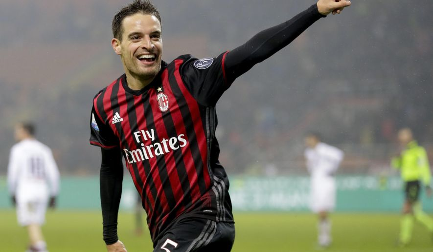 AC Milan's Giacomo Bonaventura celebrates after scoring his side's second goal during an Italian Cup, Round of 16 soccer match between AC Milan and Torino, at the San Siro stadium in Milan, Italy, Thursday, Jan. 12, 2017. (AP Photo/Antonio Calanni)