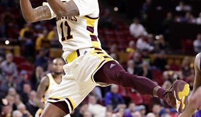 Arizona State guard Shannon Evans drives against Washington during the second half of an NCAA college basketball game, Wednesday, Jan. 25, 2017, in Tempe, Ariz. (AP Photo/Matt York)