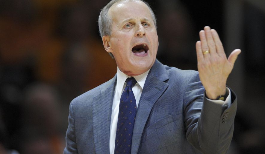Tennessee head coach Rick Barnes calls on his team during an NCAA SEC-Big 12 basketball game between Tennessee and Kansas State at Thompson-Boling Arena in Knoxville, Tenn., on Saturday, Jan. 28, 2017. (Calvin Mattheis/Knoxville News Sentinel via AP)