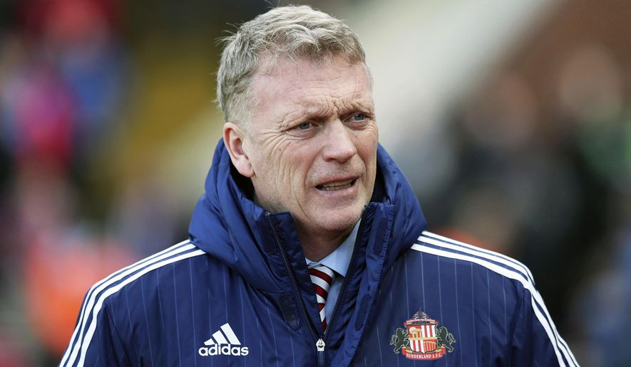 Sunderland manager David Moyes prior to the English Premier League soccer match against Crystal Palace at Selhurst Park, London, Saturday Feb. 4, 2017. (Jonathan Brady/PA via AP)
