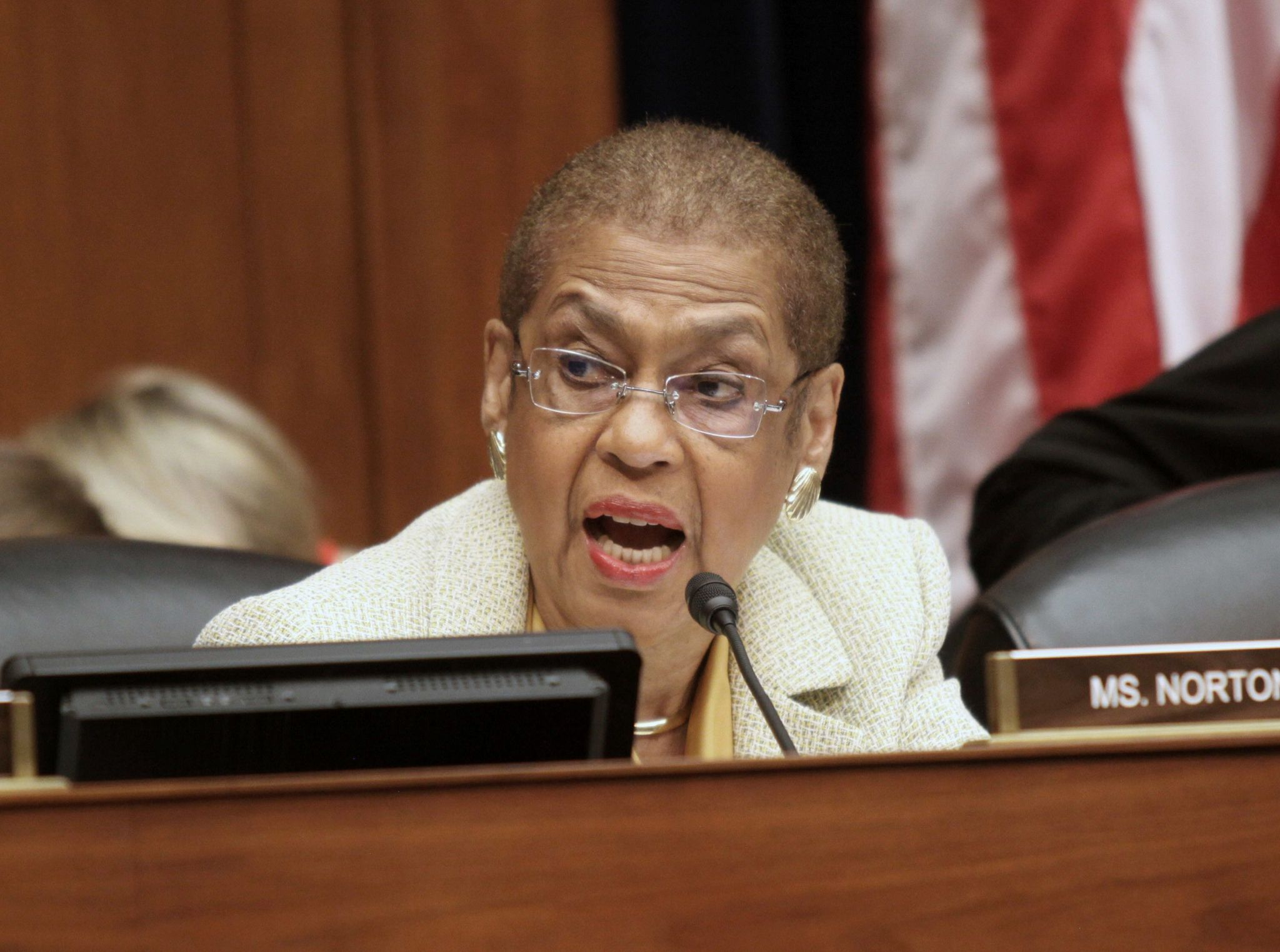 Eleanor Holmes Norton stands ground on D.C. statehouse with recess and a chuckle