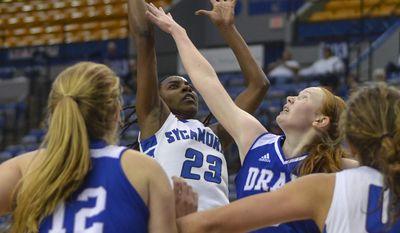 Indiana State's Wendi Bibbins shoots against Drake during an NCAA college basketball game Friday, Feb. 17, 2017, in Terre Haute, Ind. (Austen Leake/Tribune-Star via AP)