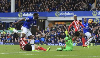 Everton's Romelu Lukaku scores his side's second goal during the Premier League soccer match between Everton and Sunderland at Goodison Park, Liverpool, England. Saturday Feb. 25, 2017. (Peter Byrne/PA via AP)
