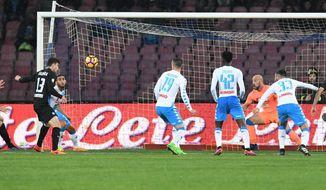 Atalanta's Mattia Caldera, left, scores a goal during the Italian Serie A soccer match between Napoli and Atalanta at the San Paolo stadium in Naples, Italy, Saturday, Feb. 25, 2017. (Ciro Fusco/ANSA via AP)