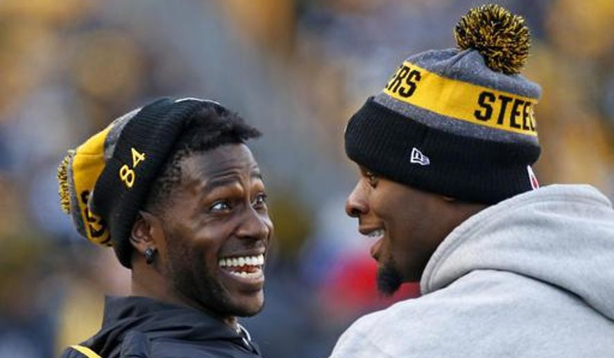 9b5332f1a7e 1, 2017 photo shows Pittsburgh Steelers wide receiver Antonio Brown, left,  and running back Le'Veon Bell celebrating on the sideline after a Steelers  ...
