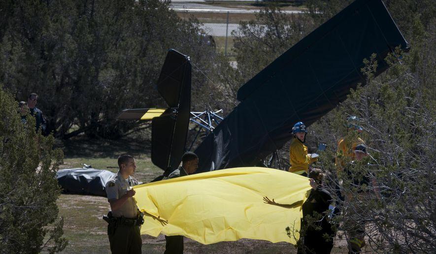 1 killed in ultralight crash in San Bernardino County desert