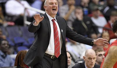 Ohio State head coach Thad Matta gestures during the second half of an NCAA college basketball game in the Big Ten tournament against Rutgers, Wednesday, March 8, 2017, in Washington. Rutgers won 66-57. (AP Photo/Nick Wass)