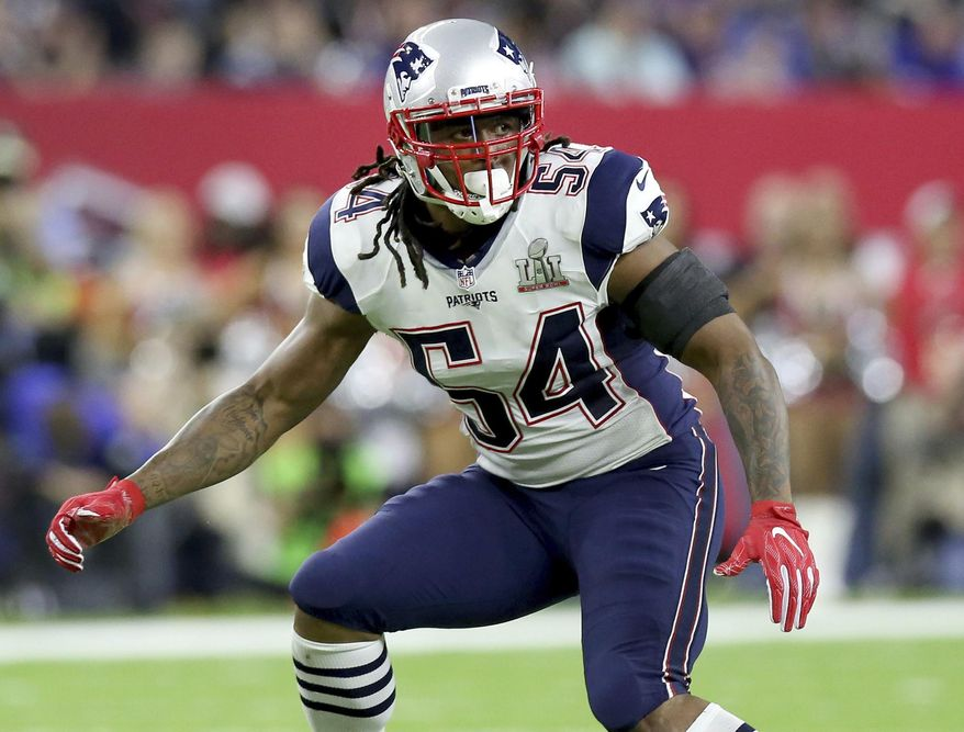 FILE - In this Feb. 5, 2017, file photo, New England Patriots Dont'a Hightower folllows the action during NFL football's Super Bowl 51 against the Atlanta Falcons in Houston. A person with direct knowledge of the situation says Hightower has visited the New York Jets.  Hightower, one of the most coveted players in free agency this year,  met with the Jets on Sunday, March 12, 2017 and Monday, March 13, according to the person who spoke to The Associated Press on condition of anonymity because the team had not announced the visit.  AP Photo/Gregory Payan, File)