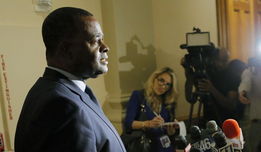 Atlanta Mayor Kasim Reed holds a press conference at the Capitol to brief the media on the collapse of an overpass on Interstate 85 in Atlanta on Thursday, March 30, 2017. A massive fire that caused the overpass to collapse in Atlanta was contained as of late Thursday. (Bob Andres/Atlanta Journal-Constitution via AP) ** FILE **