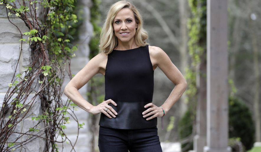 """In this March 21, 2017, photo, Sheryl Crow poses in Nashville, Tenn., to promote her upcoming album, """"Be Myself,"""" out April 21.  (AP Photo/Mark Humphrey)"""