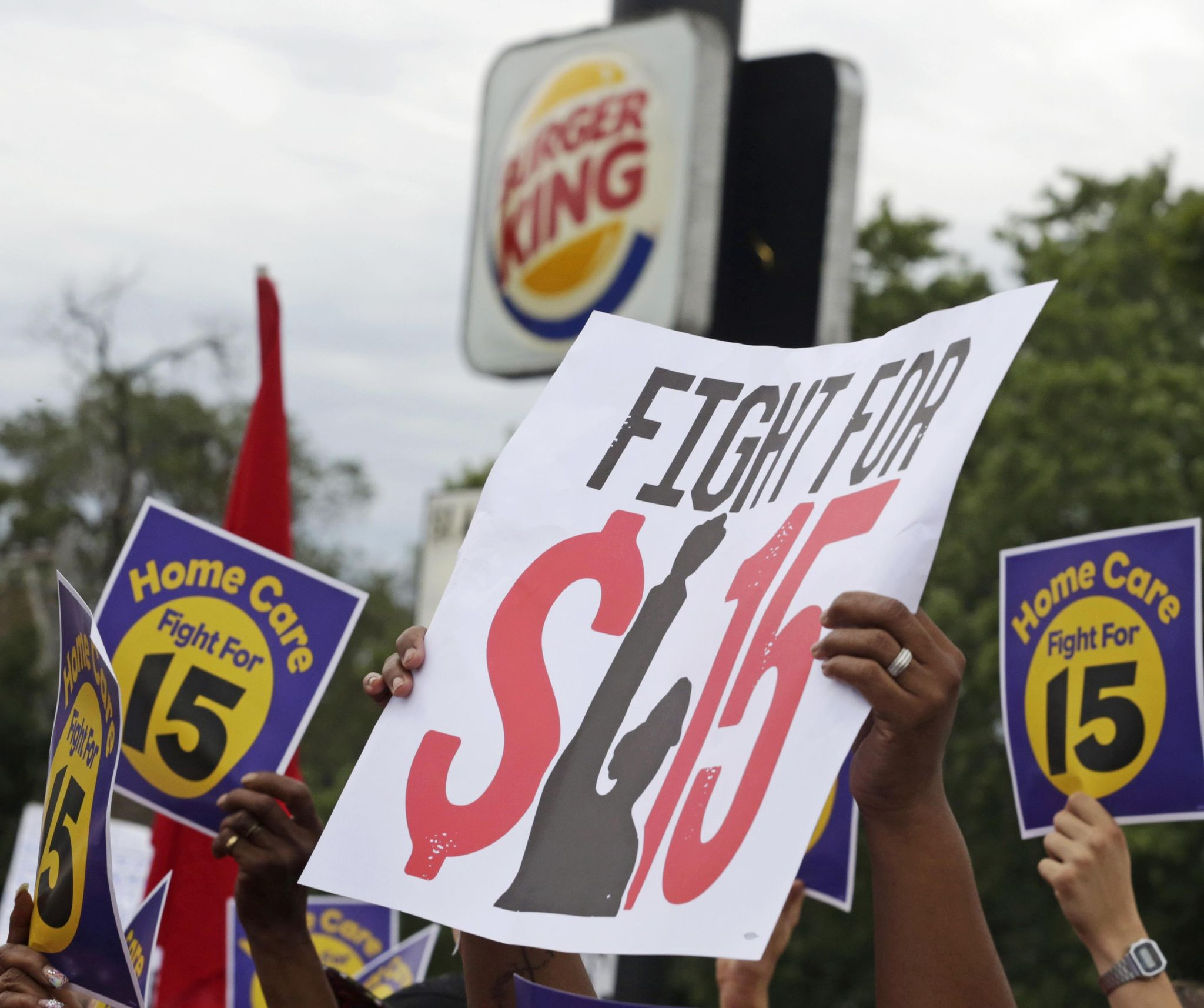 A $15 minimum wage: Bad news for low-income workers