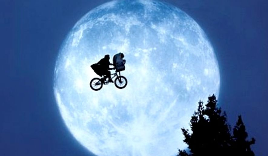 "Henry Thomas stars as Elliott in 1982's ""E.T. the Extra-Terrestrial,"" by director Steven Spielberg. (E.T. the Extra-Terrestrial promotional image, Universal Pictures) ** FILE **"