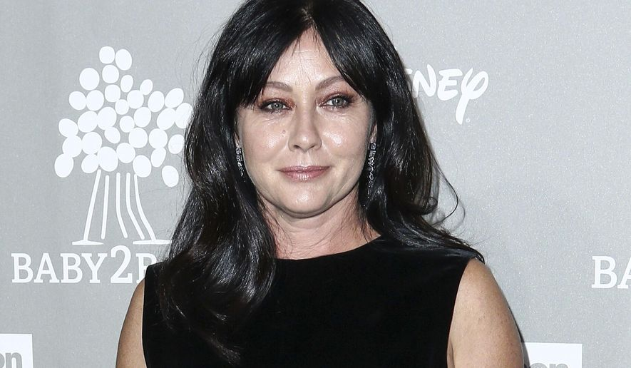 FILE - In this Nov. 14, 2015 file photo, Shannen Doherty attends the 4th Annual Baby2Baby Gala in Culver City, Calif. Doherty wrote on Instagram April 28, 2017, that her breast cancer is in remission. (Photo by John Salangsang/Invision/AP, File)