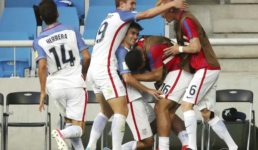 Luca de la Torre, center, of the United States celebrates with his teammates after scoring against Ecuador during their Group F match in the FIFA U-20 World Cup Korea 2017 at Incheon Stadium in Incheon, South Korea, Monday, May 22, 2017. (Park Dong-jul/Yonhap via AP)