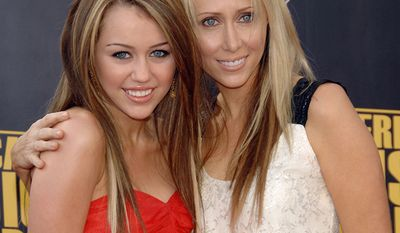 """Pop star Miley Cyrus and mother Leticia """"Tish"""" Cyrus"""
