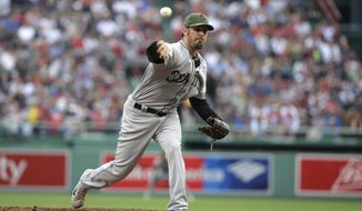 Seattle Mariners' Christian Bergman delivers a pitch against the Boston Red Sox in the first inning of a baseball game, Sunday, May 28, 2017, in Boston. (AP Photo/Steven Senne)