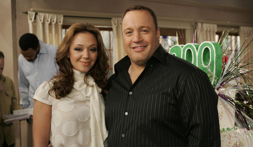 "FILE - In this Jan. 25, 2007, file photo, Kevin James and Leah Remini pose on the set of the CBS comedy ""The King Of Queens"" at Sony Studios in Culver City, Calif. Remini has confirmed that she will join the cast of James' CBS sitcom ""Kevin Can Wait"" for the 2017-2018 season. (AP Photo/Reed Saxon, File)"