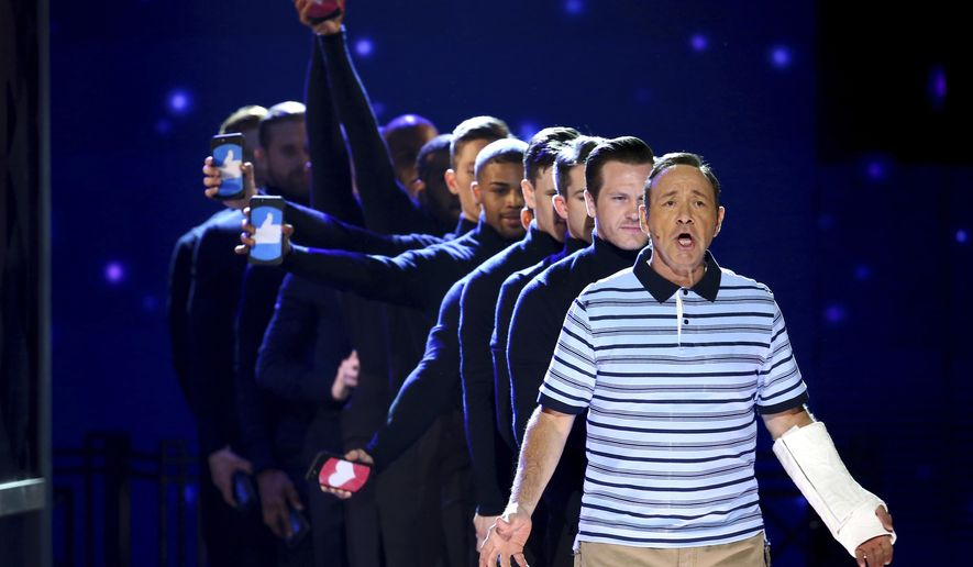 Kevin Spacey and the cast of Dear Evan Hansen perform at the 71st annual Tony Awards on Sunday, June 11, 2017, in New York. (Photo by Michael Zorn/Invision/AP)