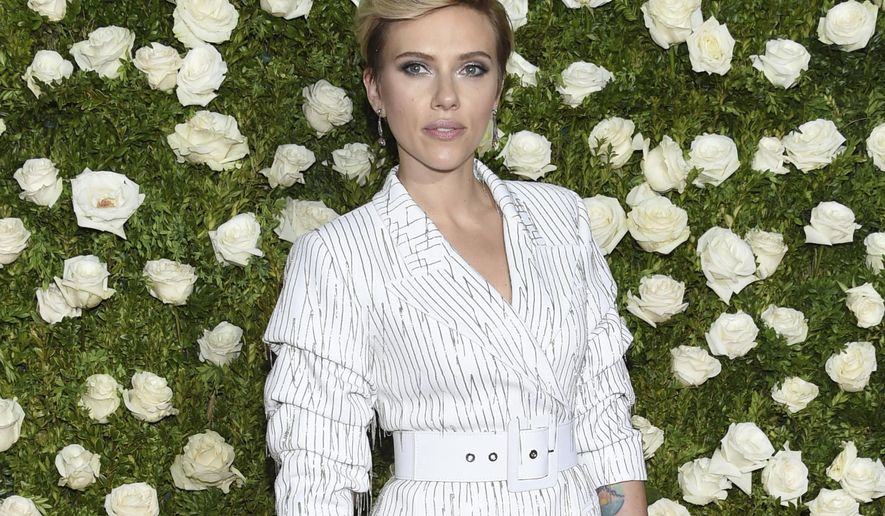 Scarlett Johansson arrives at the 71st annual Tony Awards at Radio City Music Hall on Sunday, June 11, 2017, in New York. (Photo by Evan Agostini/Invision/AP)