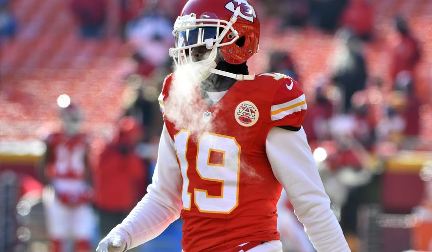 This Dec. 18, 2016 photo shows Kansas City Chiefs wide receiver Jeremy Maclin (19) warming up before an NFL football game against the Tennessee Titans in Kansas City, Mo. Maclin has signed a two-year contract with the Baltimore Ravens, who spent much of the offseason looking for a deep threat. After being cut by Kansas City last month, he visited Buffalo and Baltimore last week. He ultimately chose the Ravens, who announced the signing on Monday, June 12, 2017. (AP Photo/Ed Zurga)