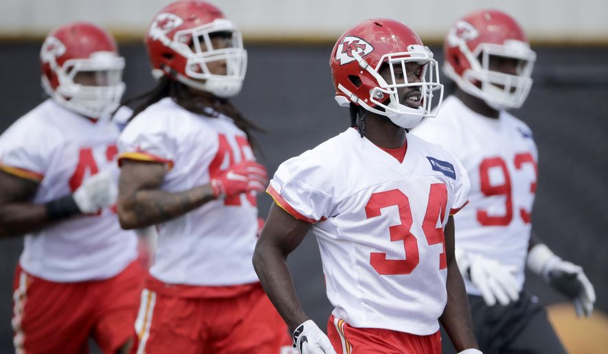 Kansas City Chiefs safety Leon McQuay (34) participates in a drill during NFL football minicamp Tuesday, June 13, 2017, in Kansas City, Mo. (AP Photo/Charlie Riedel)