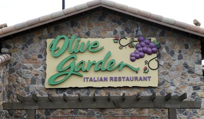 This Monday, June 27, 2016, photo shows an Olive Garden restaurant, a Darden brand, in Methuen, Mass. Darden Restaurants, Inc. reports earnings, Tuesday, June 27, 2017. (AP Photo/Elise Amendola)